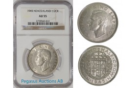 A72, New Zealand, George VI, Half Crown 1945, Silver, NGC AU55
