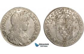 AC099, France, Louis XIV, 1/2 Ecu 1652-C, Saint-Lô, Silver (13.66g) Flaws, AU