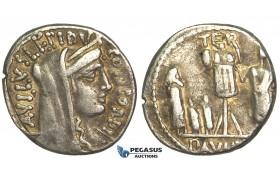 O56, Roman Republic, L. Aemilius Lepidus Paullus (62 BC) AR Denarius (3.76g) Rome, Perseus